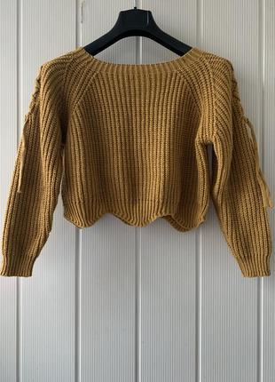Горчичный свитер короткий