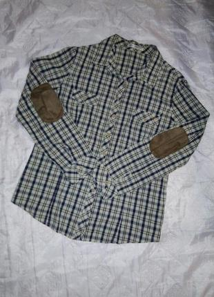 Рубашка с нашивками