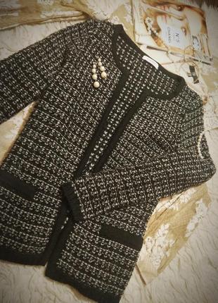 Шикарный вязаный пиджак в стиле шанель