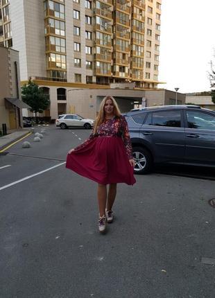 Dianora.красивое платье, в холодную погоду подойдёт идеально.