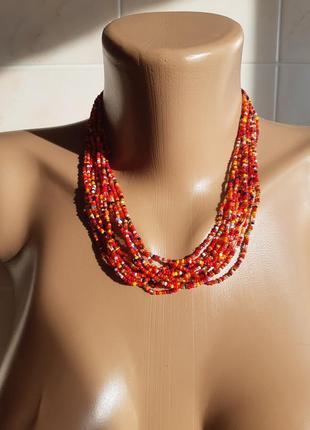 Бусы ожерелье из бисера