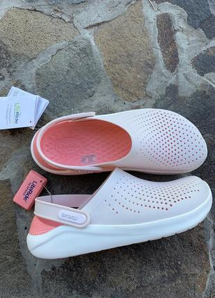 Сабо crocs literide  barely pink/white