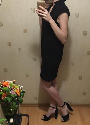 ♠️маленькое чёрное платье/чёрное прямое платье до колена/платье с рюшами на воротнике♠️