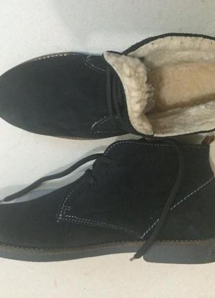 Утепленные фирменные ботинки дезерты стелька 26 см