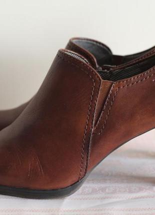 Роскошные ботинки, ботильоны tamaris 38 разм