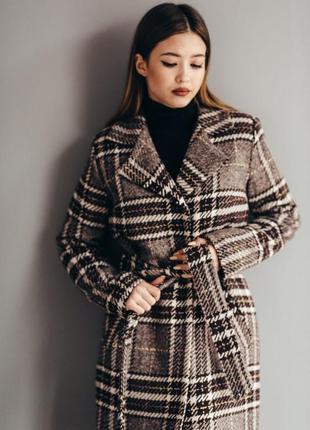Теплое шерстяное зимнее пальто в клеточку классическое зима