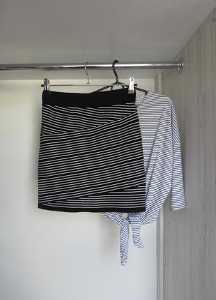 Акция к новому году! №1 трикотажная юбка в полоску на талии от xhilaration