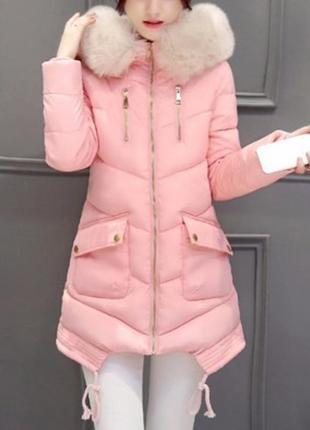 Распродажа асимметричная куртка с накладными карманами и мехом на капюшоне персиковая lm