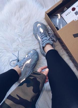 Шикарные кроссовки adidas yeezy boost 700 v2 hospital blue унисекс 😍 (весна/ лето/ осень)