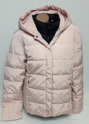 Стильная курточка цвета пудры