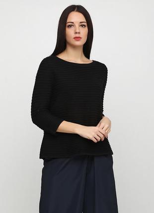 Уютный свитер от шведского бренда cos