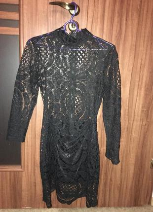 Продам кружевное эффектное  платье