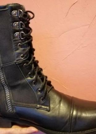 Новые высокие ботинки