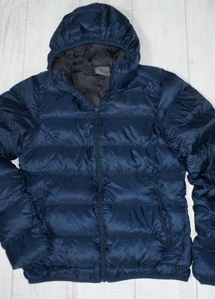 Женская пуховая куртка с капюшоном jack wolfskin