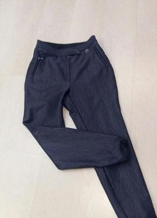 Трендовые  брюки 38 -40 размер . франция.
