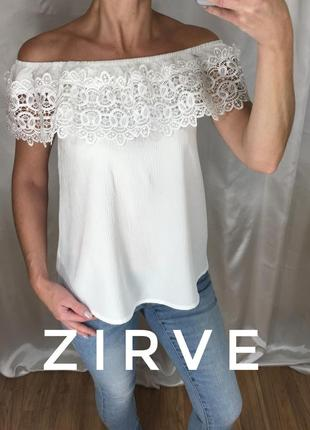 Блузка с ажуром на плечики zirve