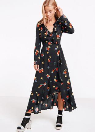 Шикарное платье на запах в цветочный принт
