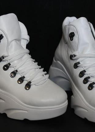 Женские белые ботинки , кожа натуральная  с 36-41р