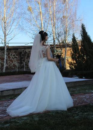 Весільна сукня, модна зі шлейфом, можливий торг!!!