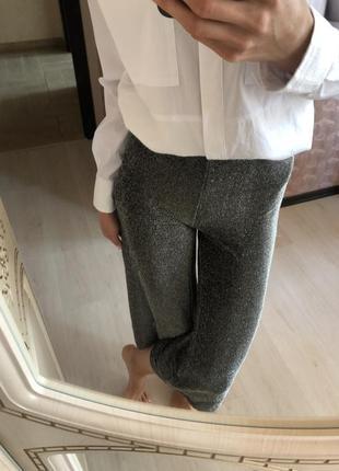 Новые блестящие кюлоты нарядные вечерние брюки чёрные серебристые