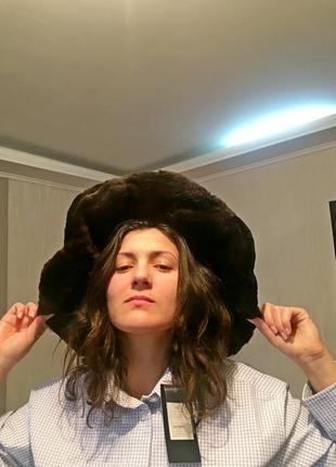 Шляпа из натурального меха tago