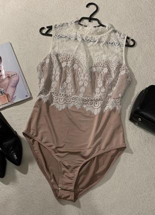 Шикарный кружевной нежный боди цвета нюд (nude)