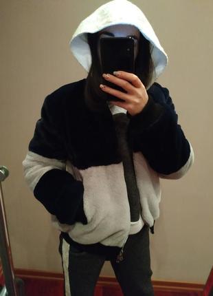 Шуба-куртка из эко меха.