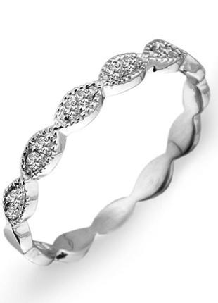 Золотое кольцо с бриллиантами 0,13 карат 17 мм. белое золото женское