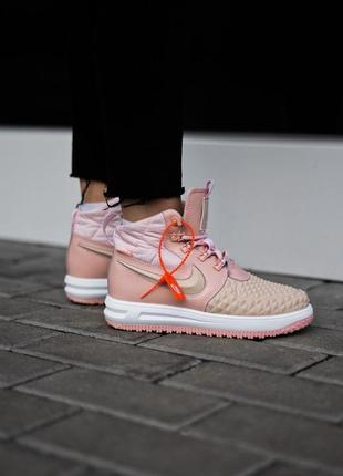 Розовые женские ботинки без меха nike air force duckboots