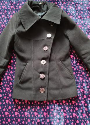 Тепленький драповый пиджак.100грн