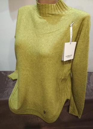 Шикарный свитер италия. размер l/xl