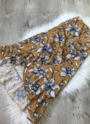 Ідеальна юбка на запах з рюшою від pescara