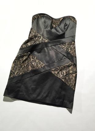 Платье бандо на новый год без рукавов голые плечи атласное с кружевом новое miss selfridge