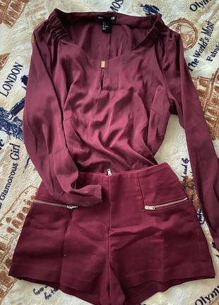 Бордовые короткие шорты с молнией сзаде tally weijl