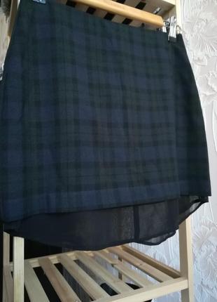 Необычная короткая юбка в клетку с шифоновой подкладкой
