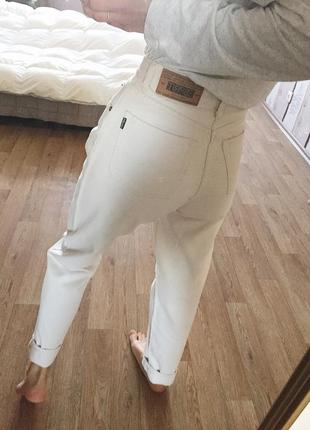 Винтажные джинсы штаны молочного цвета,на высокой посадке от esprit