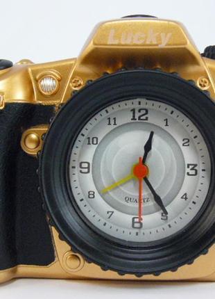 Настольные часы фотоаппарат