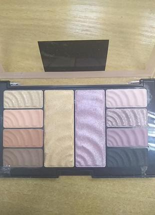 Maybelline new york total temptation eyeshadow + highlight palette