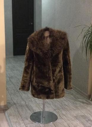 Очень тёплая шуба из меха бурого медведя италия