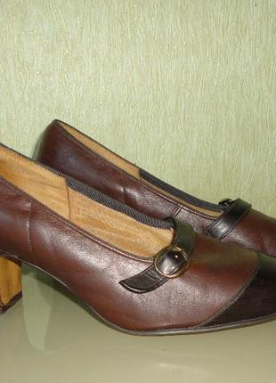 Туфельки кожа-лак англия (оригинал)