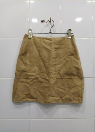 Стильная юбка трапеция с карманами под замш