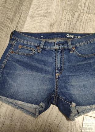 Короткие джинсовые шорты gap 27