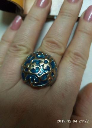 Шикарное кольцо перстень с вензелями эмалью