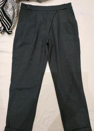 Классические брюки укороченные
