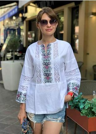 Блуза женская с вышивкой