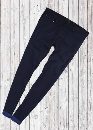 Стрейчевые джинсы с красивыми подкатами ted baker