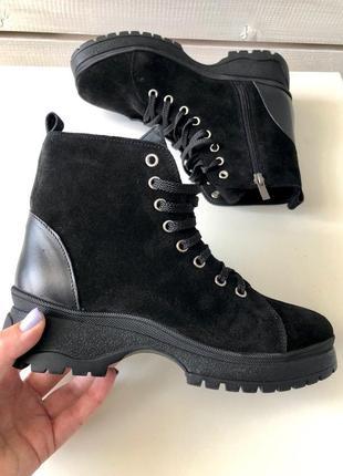 Женские зимние ботинки чёрного цвета красивые удобные стильные