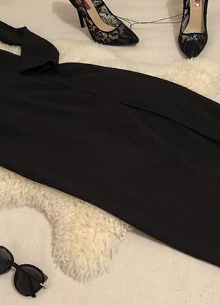 Роскошное и неповторимое платье макси с открытым декольте и разрезом по ноге...👠🍓💋