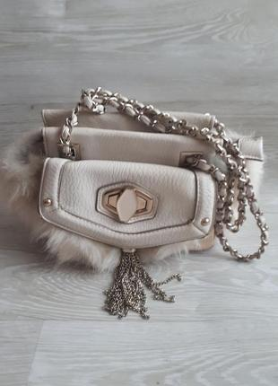 Светлая стильная сумка / сумка с мехом