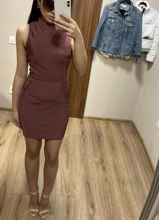 Крутое бандажное платье
